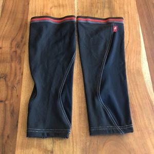 NWOT Specialized Cycling Leg Warmers